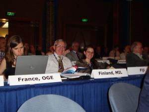 Arvo Kokkonen ja Heidi Falkenbach General Assemblyssä (Kuva: Arvo Vitikainen)